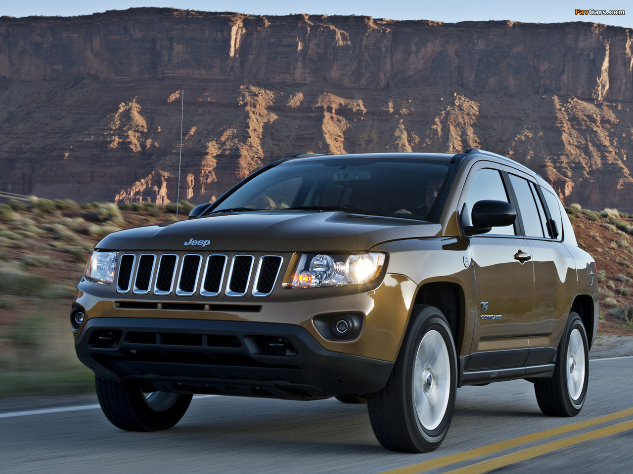 Jeep Compass 70th Anniversary 2011 wallpapers (1280 x 960)