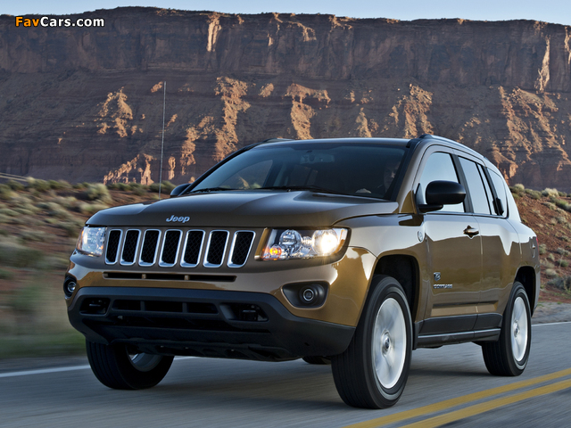 Jeep Compass 70th Anniversary 2011 wallpapers (640 x 480)