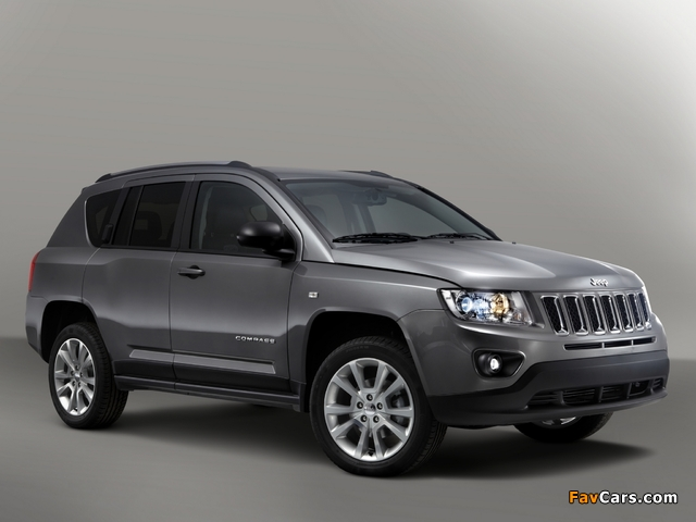 Jeep Compass Overland 2012 images (640 x 480)