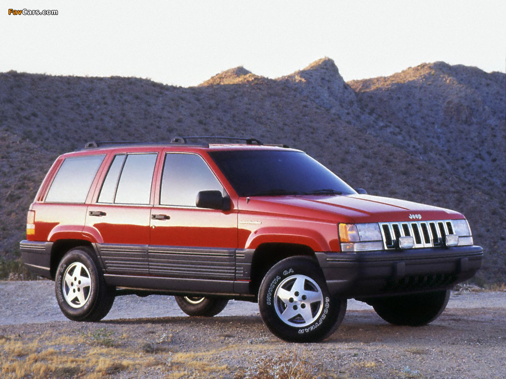Jeep Grand Cherokee Laredo (ZJ) 1993–96 images (1024 x 768)