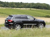 Jeep Grand Cherokee Overland Summit EU-spec (WK2) 2011–13 images