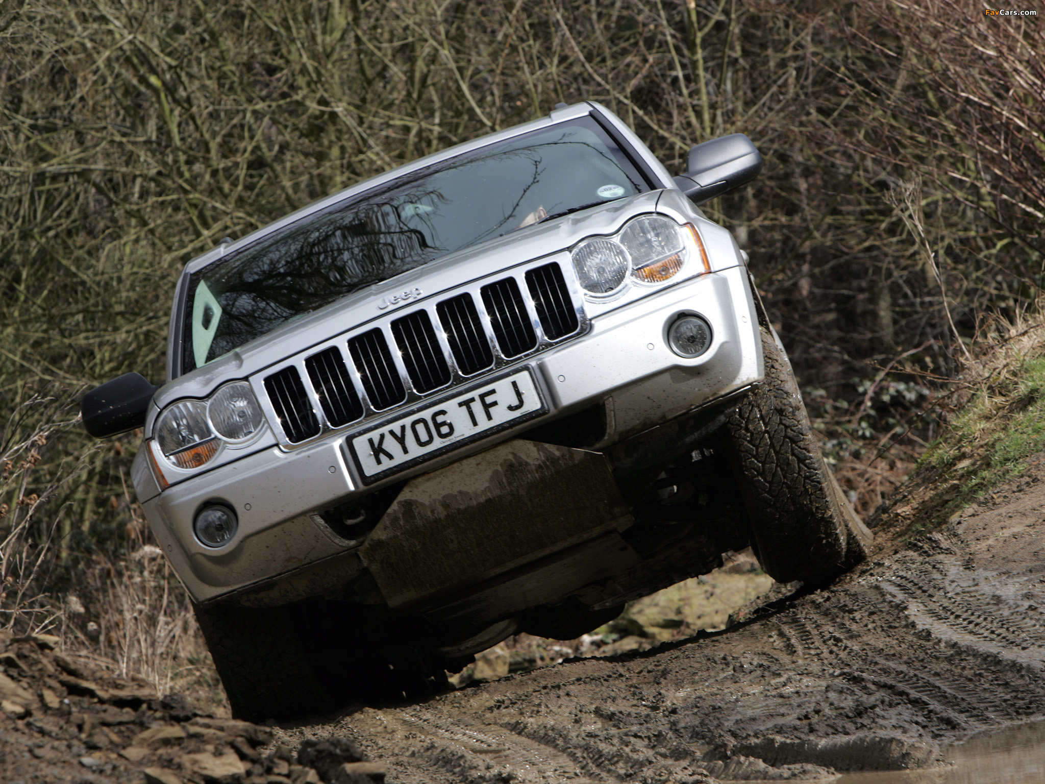 Photos of Jeep Grand Cherokee CRD Limited UK-spec (WK) 2005–07 (2048 x 1536)