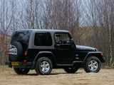 Images of Jeep Wrangler Sahara UK-spec (TJ) 2002–06