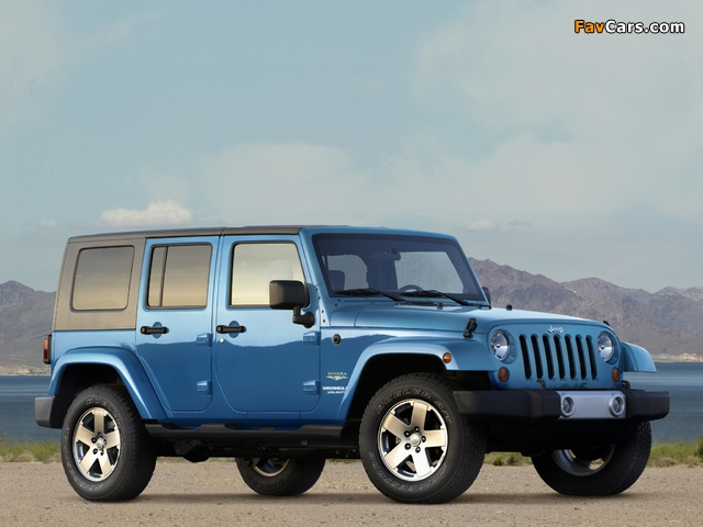 Images of Jeep Wrangler Unlimited Sahara (JK) 2006–10 (640 x 480)