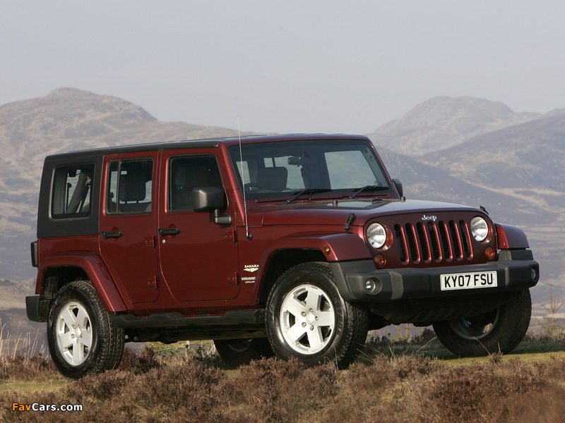 Images of Jeep Wrangler Unlimited Sahara UK-spec (JK) 2007–11 (800 x 600)