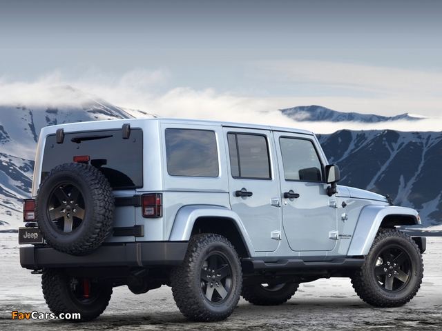 Images of Jeep Wrangler Unlimited Arctic (JK) 2012 (640 x 480)