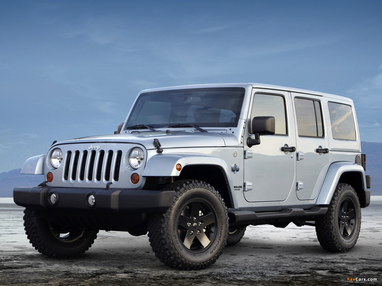 Images of Jeep Wrangler Unlimited Arctic (JK) 2012 (1280 x 960)