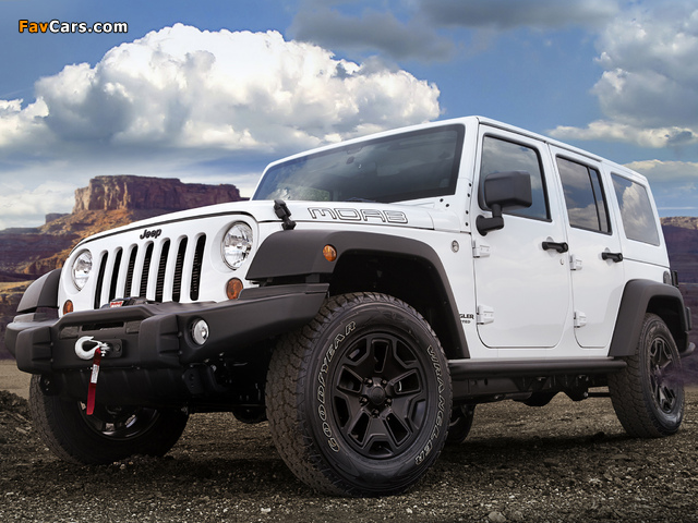 Images of Jeep Wrangler Unlimited Moab (JK) 2012 (640 x 480)