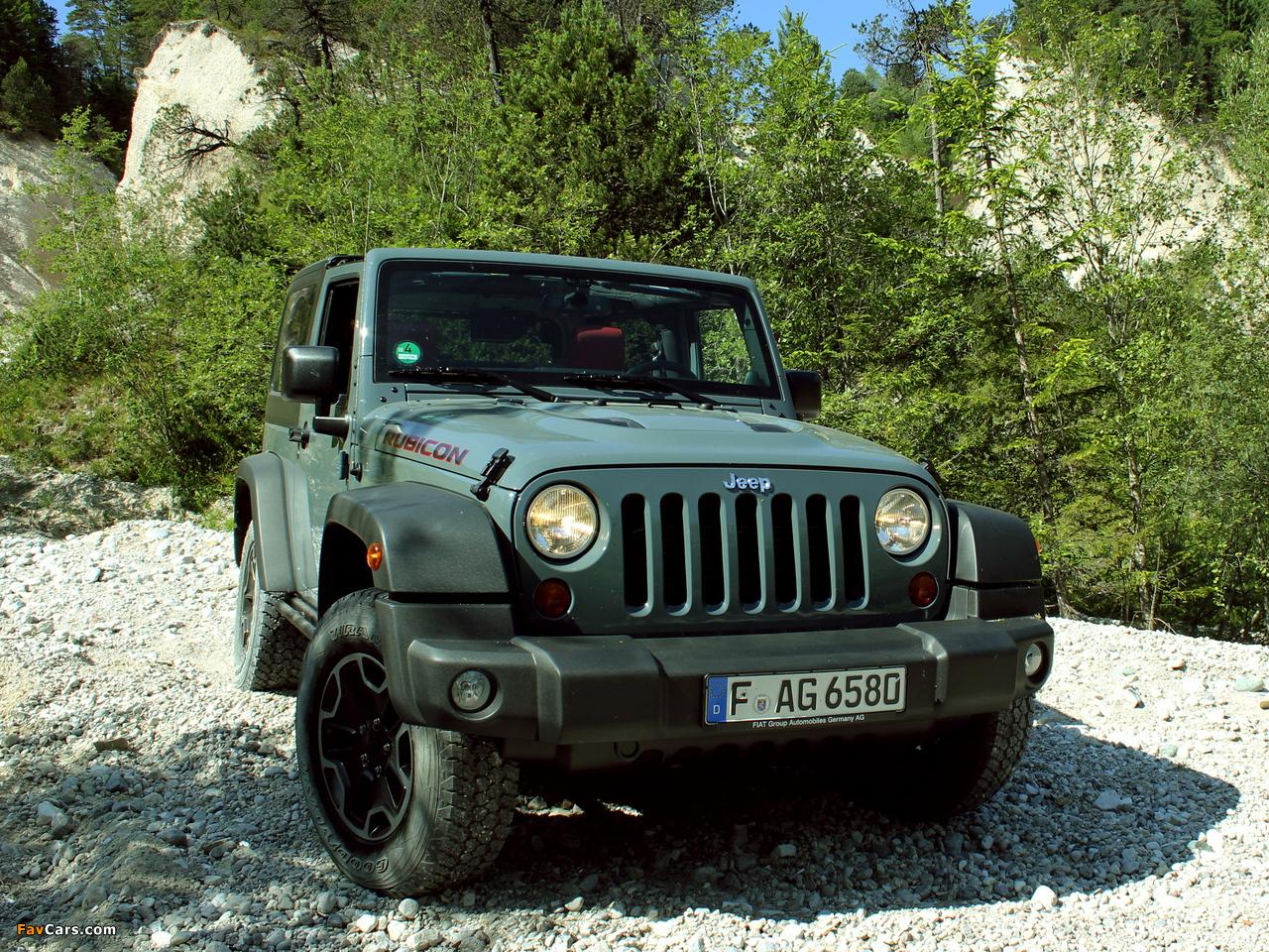 Images of Jeep Wrangler Rubicon 10th Anniversary EU-spec (JK) 2013 (1280 x 960)