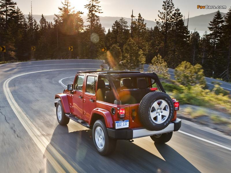 Jeep Wrangler Unlimited Sahara (JK) 2010 wallpapers (800 x 600)