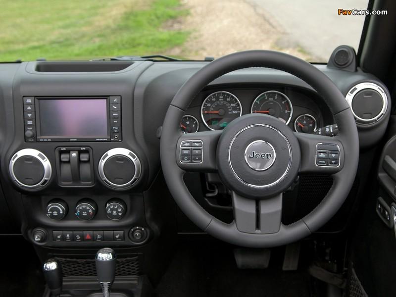 Jeep Wrangler 70th Anniversary UK-spec (JK) 2011 images (800 x 600)