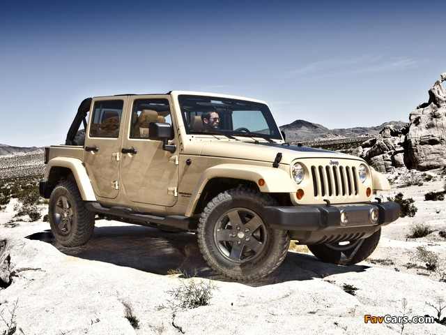 Jeep Wrangler Unlimited Mojave (JK) 2011 photos (640 x 480)