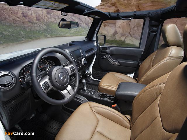 Jeep Wrangler Unlimited Moab (JK) 2012 photos (640 x 480)