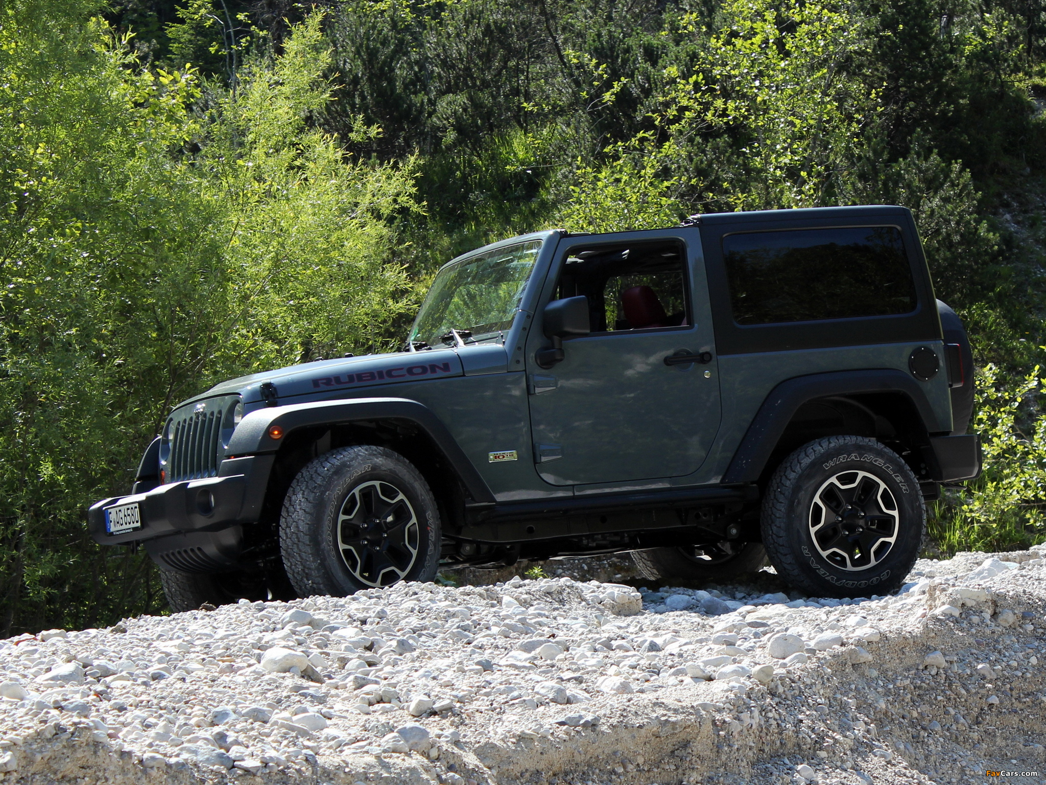 Jeep Wrangler Rubicon 10th Anniversary EU-spec (JK) 2013 pictures (2048 x 1536)