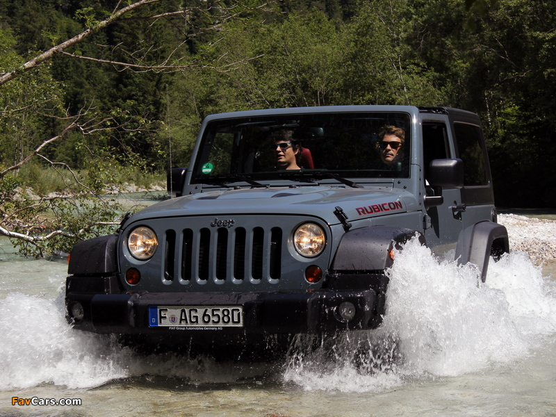 Jeep Wrangler Rubicon 10th Anniversary EU-spec (JK) 2013 wallpapers (800 x 600)