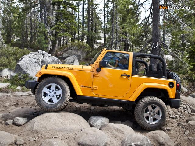 Photos of Jeep Wrangler Rubicon (JK) 2010 (640 x 480)