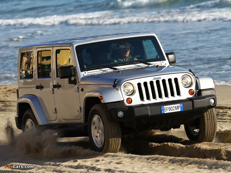 Photos of Jeep Wrangler Sahara Unlimited (JK) 2011 (800 x 600)