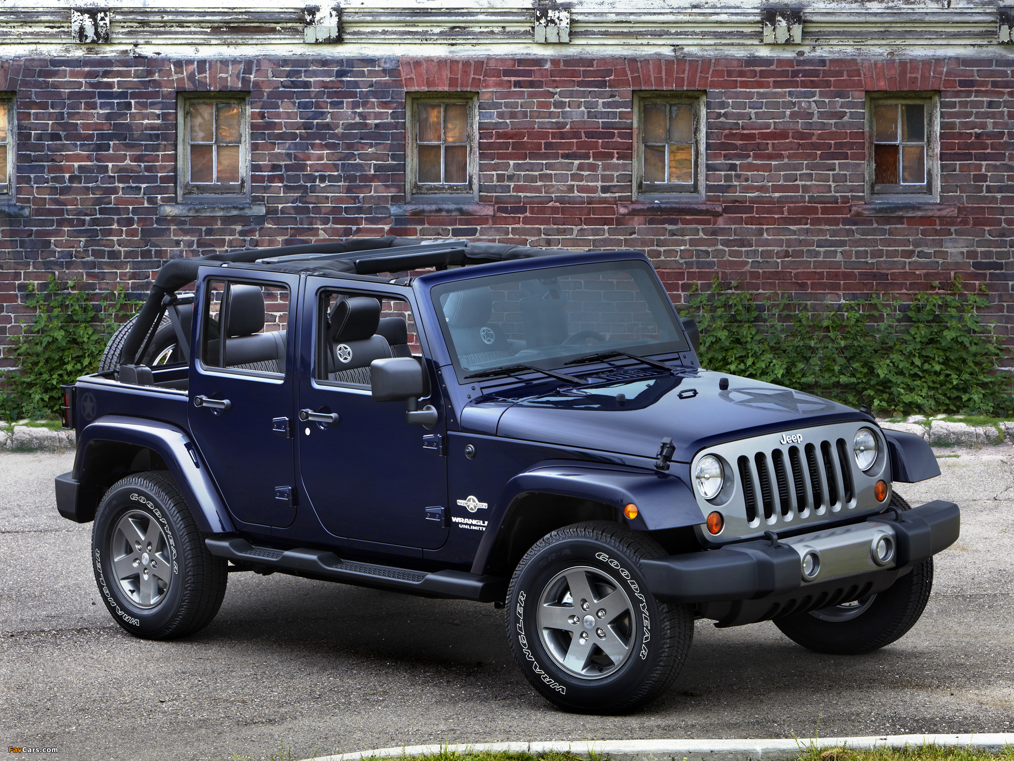 Photos of Jeep Wrangler Unlimited Freedom (JK) 2012 (2048 x 1536)