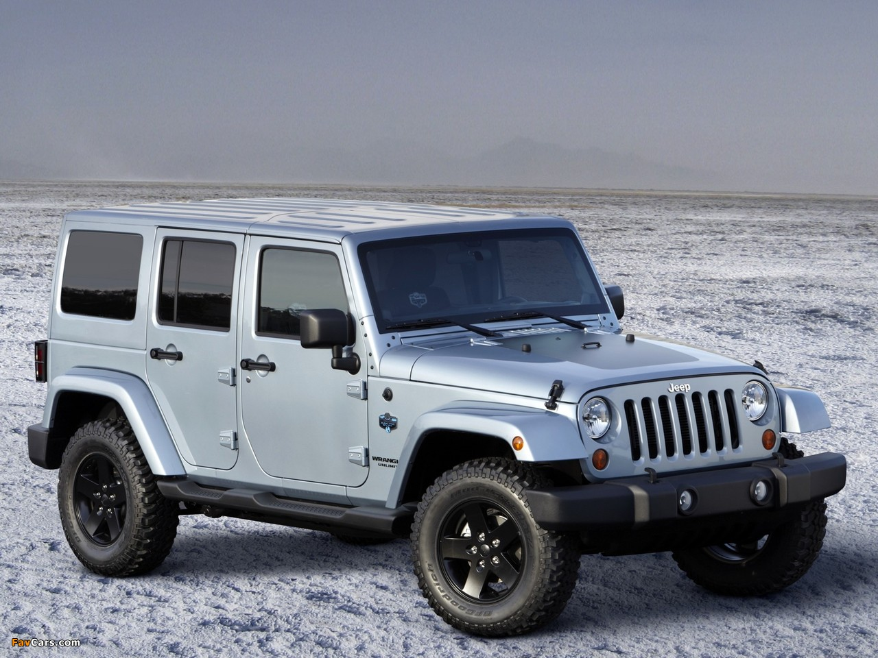 Photos of Jeep Wrangler Unlimited Arctic (JK) 2012 (1280 x 960)