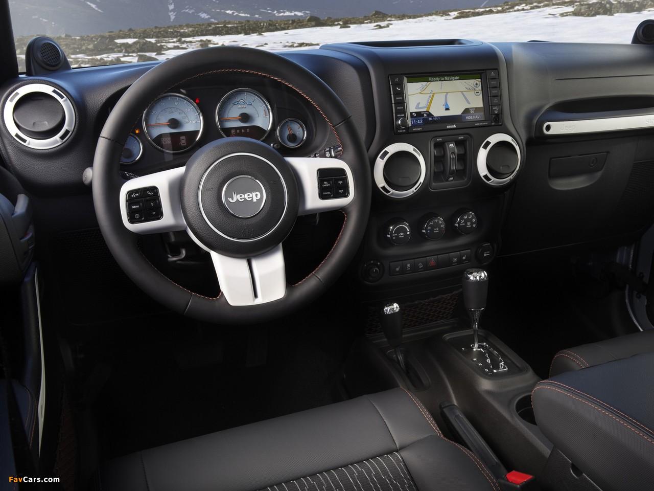 Photos of Jeep Wrangler Unlimited Arctic (JK) 2012 (1280 x 960)