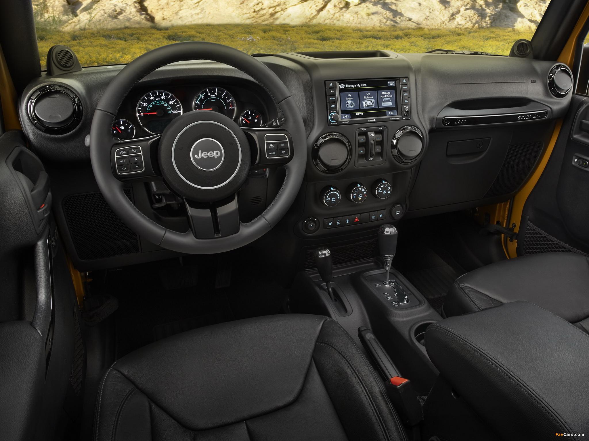 Photos of Jeep Wrangler Unlimited Altitude (JK) 2014 (2048 x 1536)