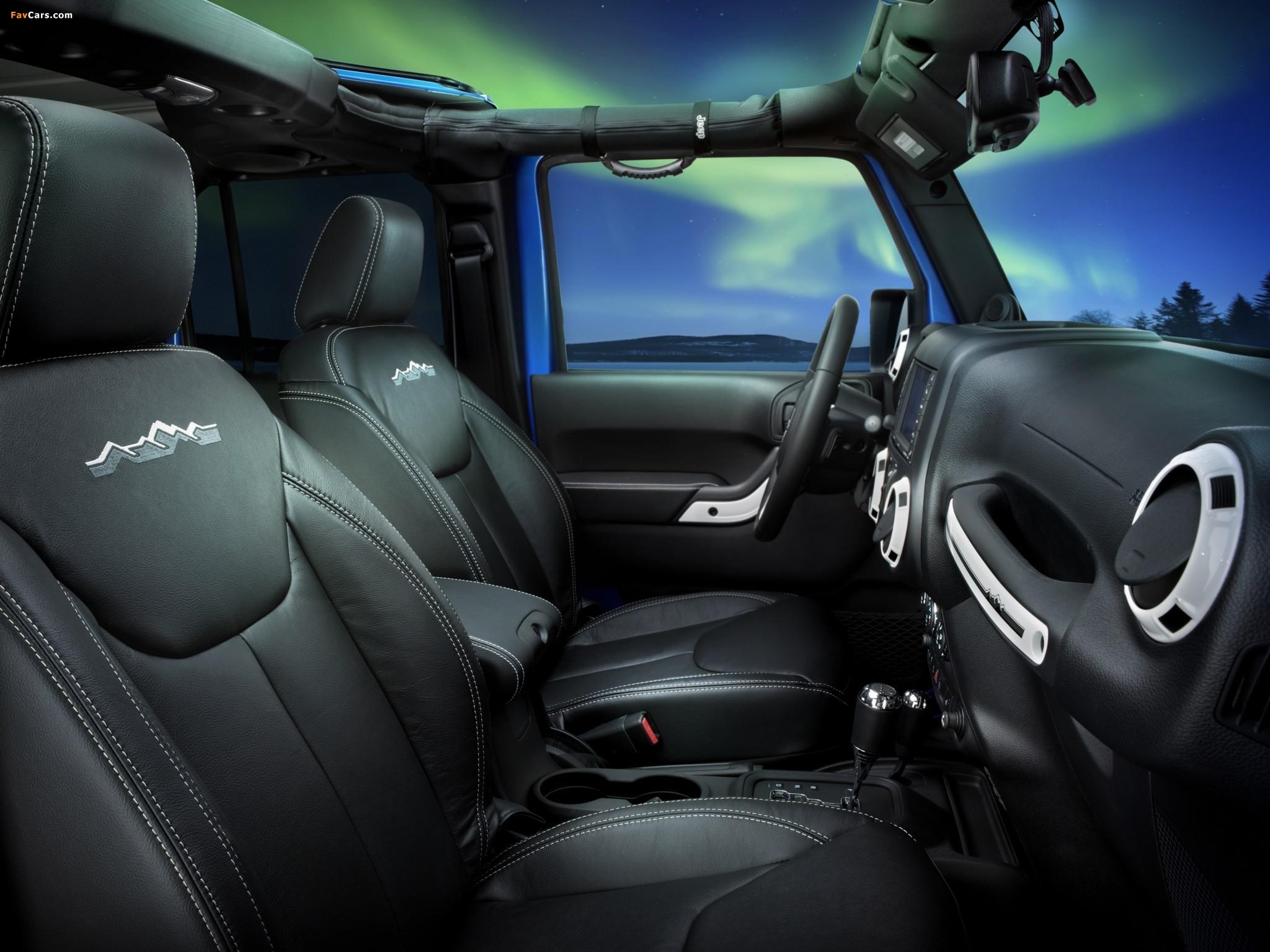 Photos of Jeep Wrangler Unlimited Polar (JK) 2014 (2048 x 1536)