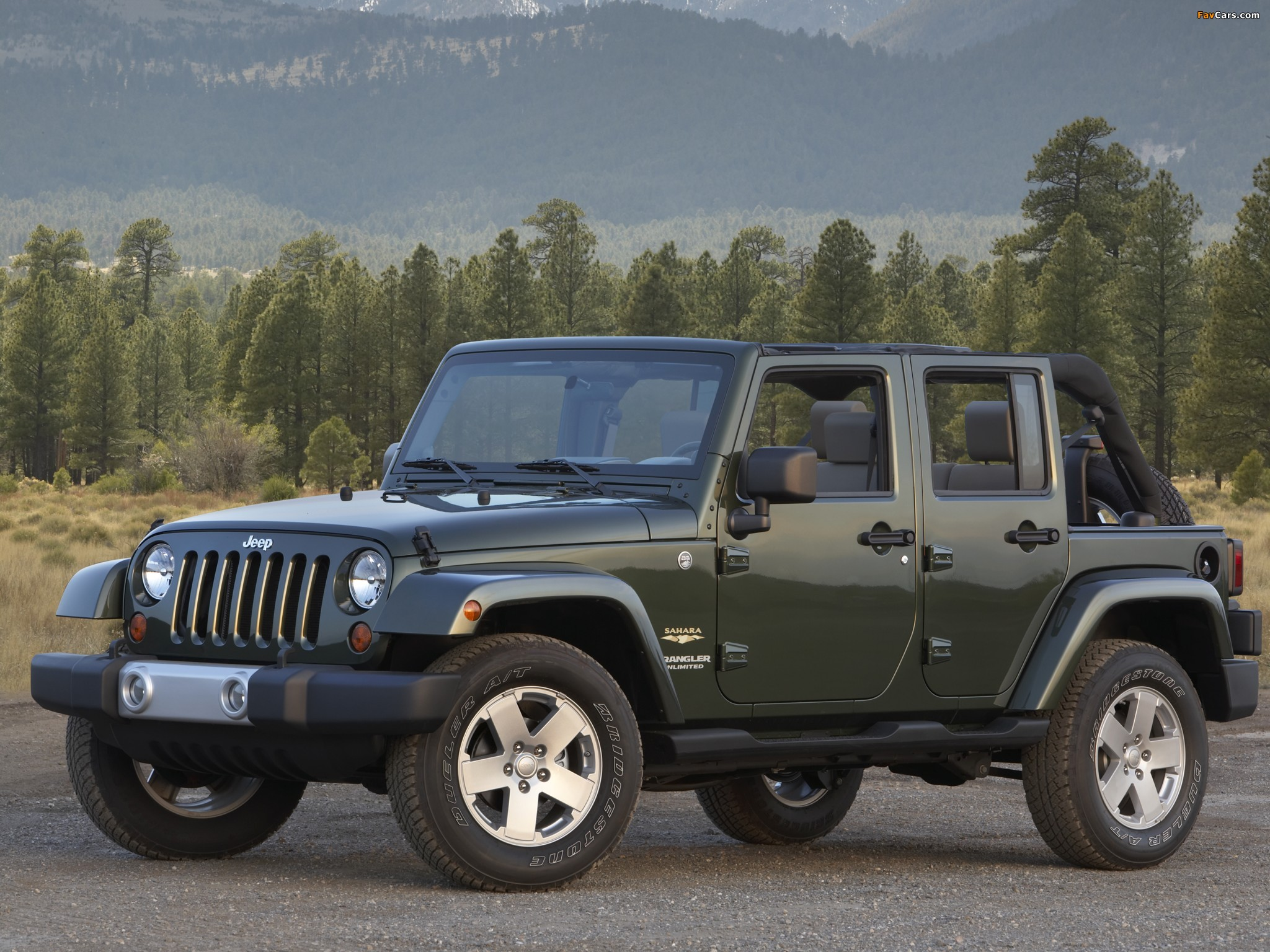 Pictures of Jeep Wrangler Unlimited Sahara (JK) 2006–10 (2048 x 1536)