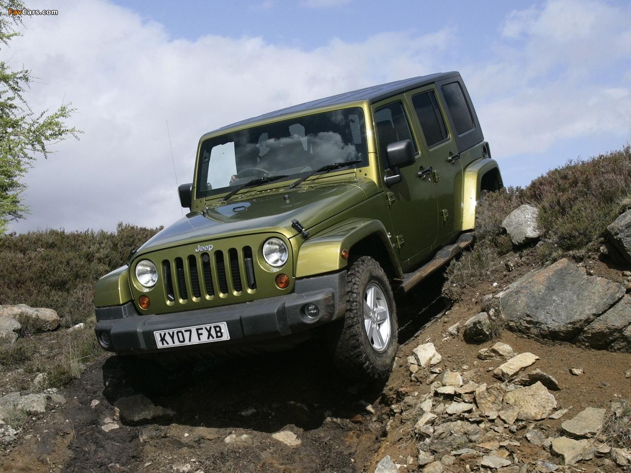 Pictures of Jeep Wrangler Unlimited Sahara UK-spec (JK) 2007–11 (1280 x 960)
