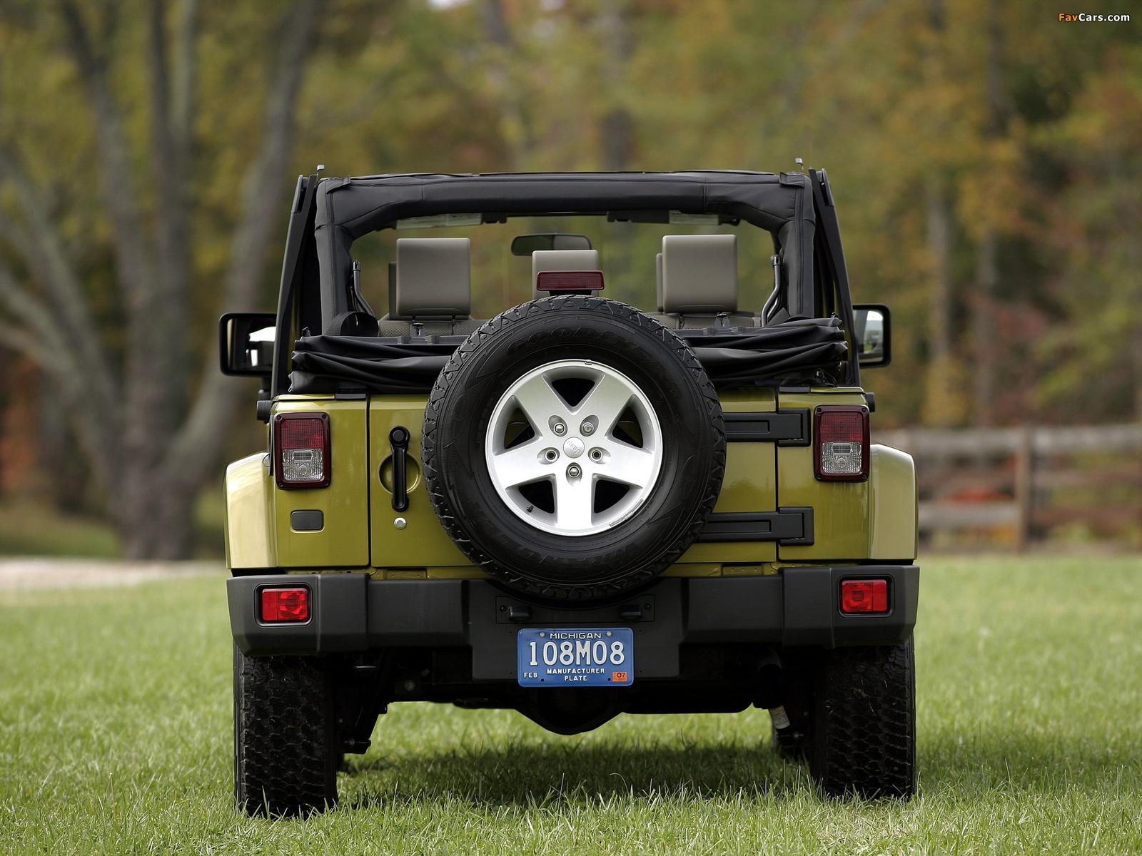 Pictures of Jeep Wrangler Unlimited Sahara EU-spec (JK) 2007 (1600 x 1200)