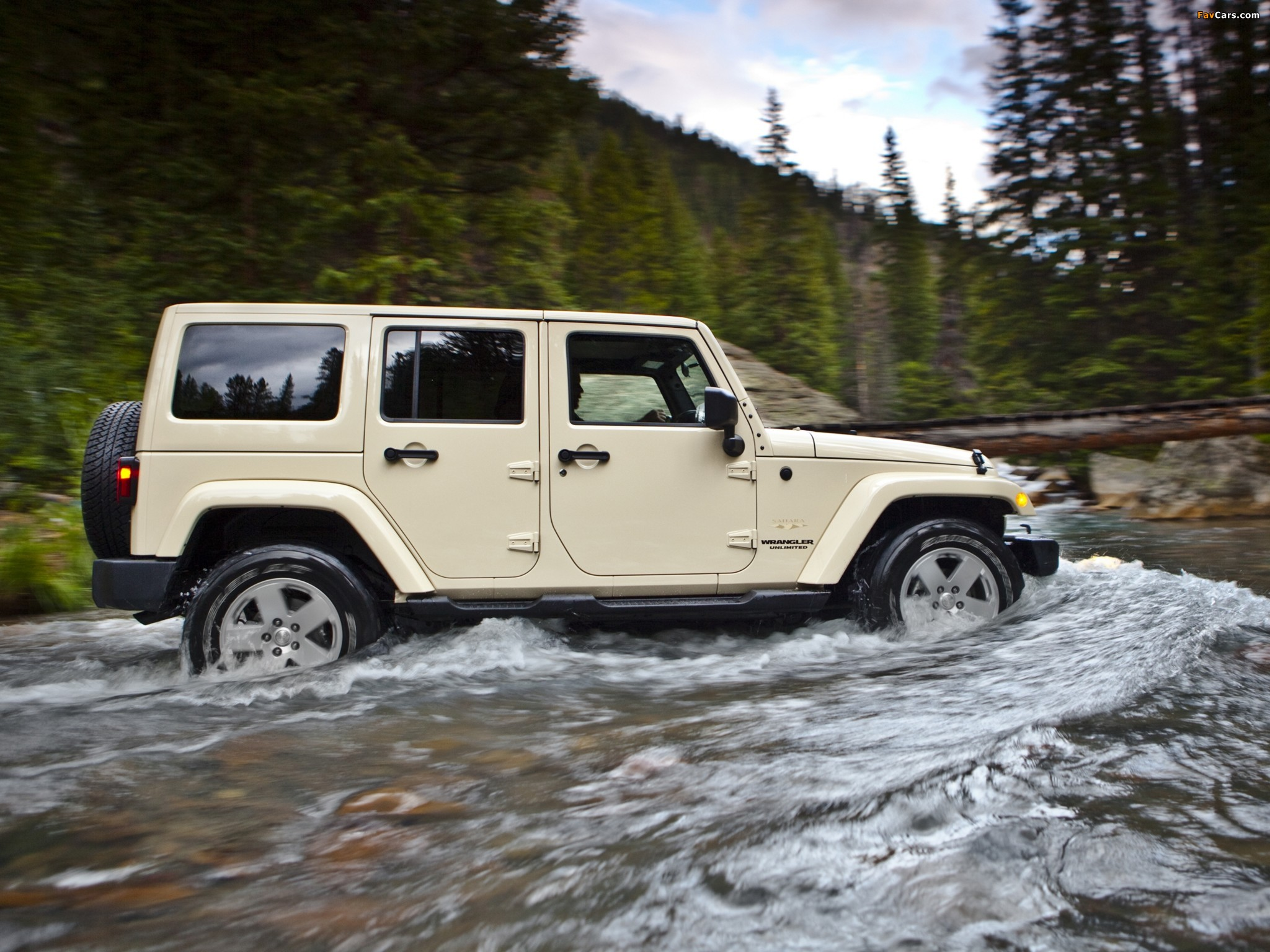 Pictures of Jeep Wrangler Unlimited Sahara (JK) 2010 (2048 x 1536)