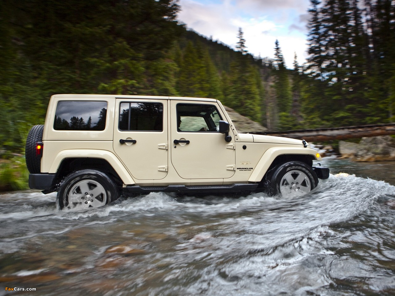 Pictures of Jeep Wrangler Unlimited Sahara (JK) 2010 (1280 x 960)