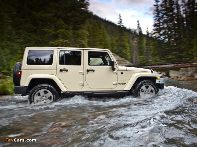 Pictures of Jeep Wrangler Unlimited Sahara (JK) 2010 (640 x 480)
