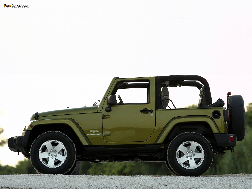 Jeep Wrangler Sahara (JK) 2007 wallpapers (1024 x 768)