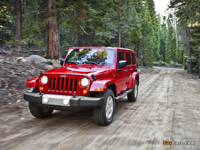 Jeep Wrangler Unlimited Sahara (JK) 2010 wallpapers (640 x 480)