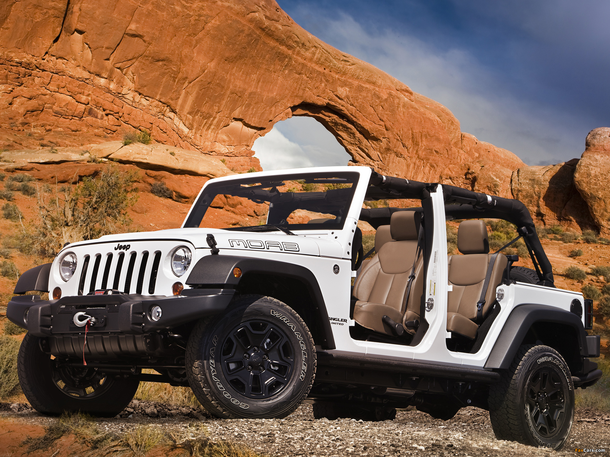 Jeep Wrangler Unlimited Moab (JK) 2012 wallpapers (2048 x 1536)