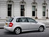 Kia Cerato Hatchback UK-spec (LD) 2004–07 photos