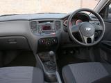 Kia Rio Hatchback UK-spec (JB) 2009–11 pictures