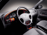 Kia Sephia II 2001–04 images