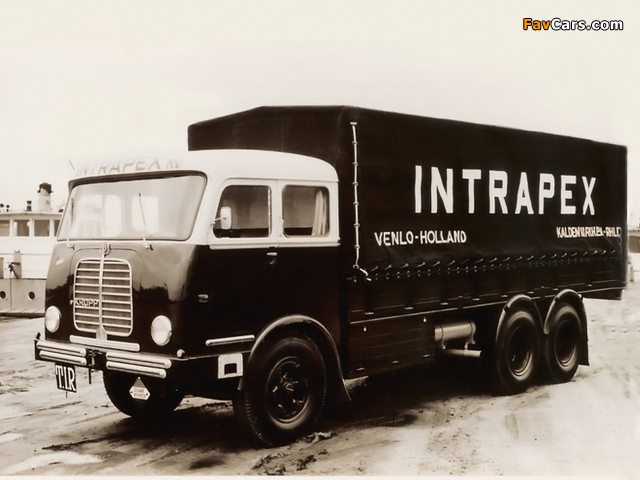 Pictures of Krupp Mustang 6x4 1954–62 (640 x 480)