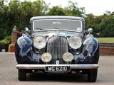 Lagonda V12 Rapide Saloon De Ville 1938–40 pictures