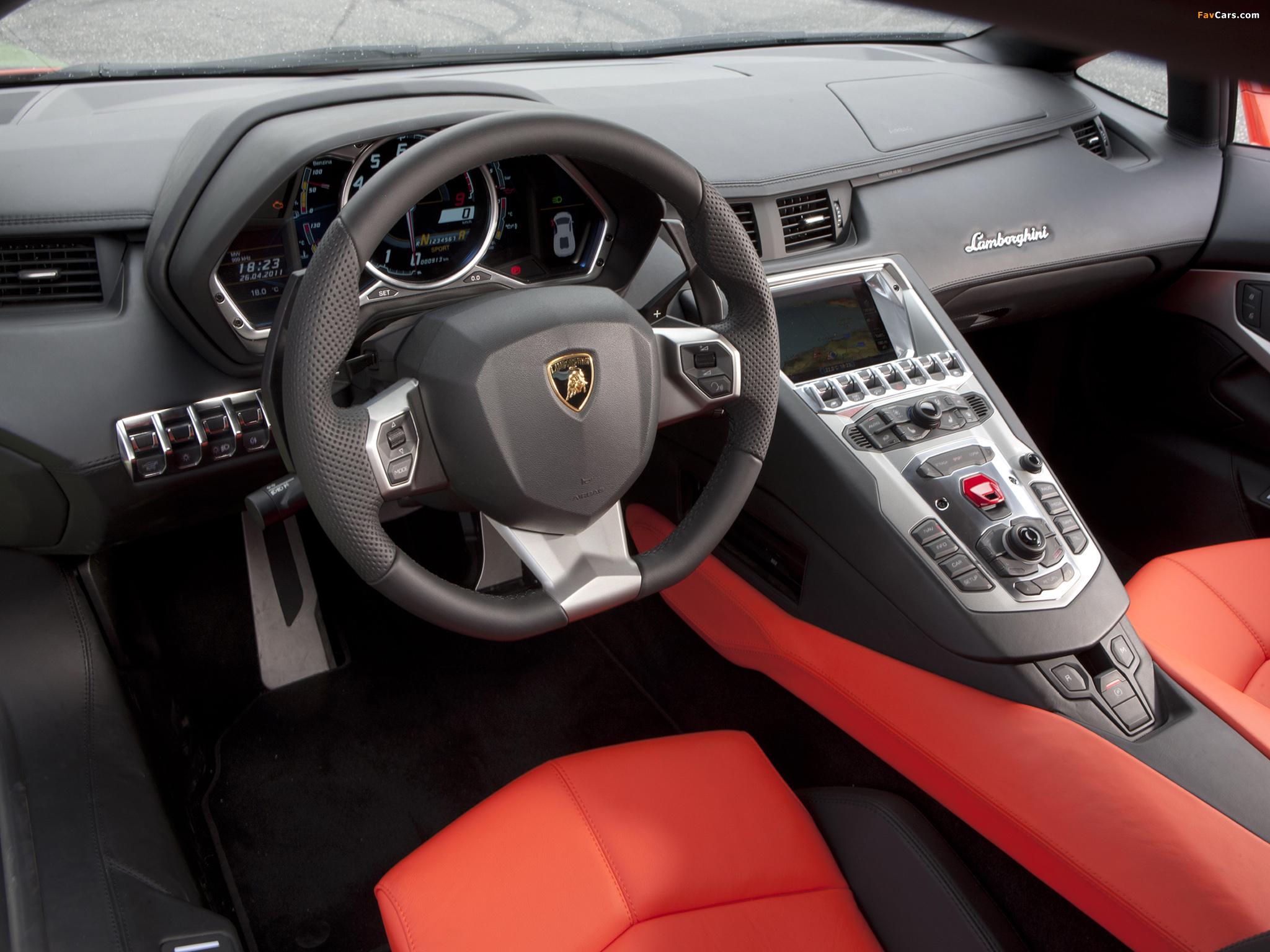 Lamborghini Aventador LP 700-4 (LB834) 2011 pictures (2048 x 1536)