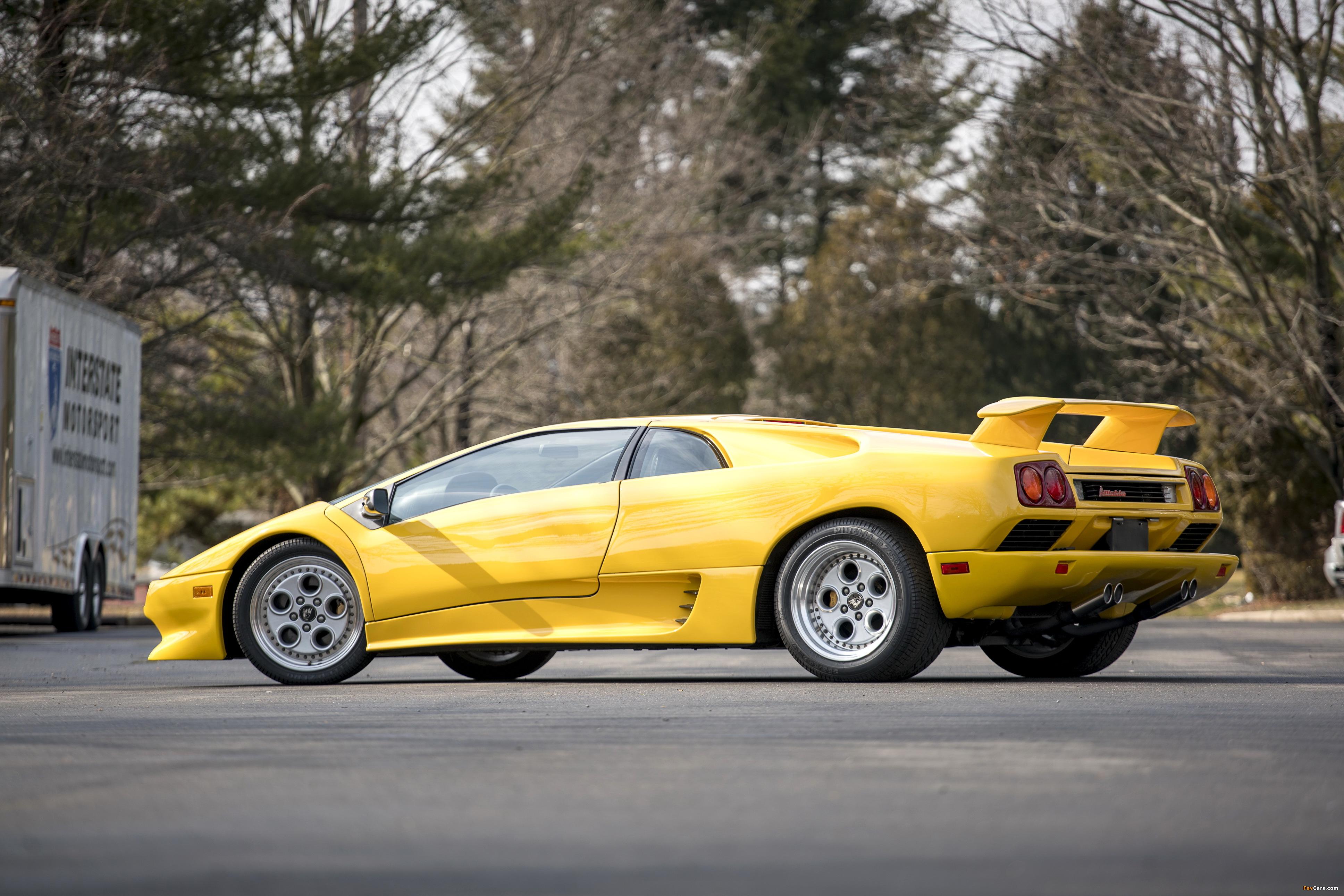 Images of Lamborghini Diablo North America 1990–93 (3872 x 2583)