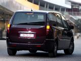 Lancia Phedra 2008–10 images