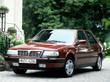Lancia Thema 8.32 (834) 1988–91 photos