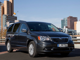 Pictures of Lancia Voyager 2011