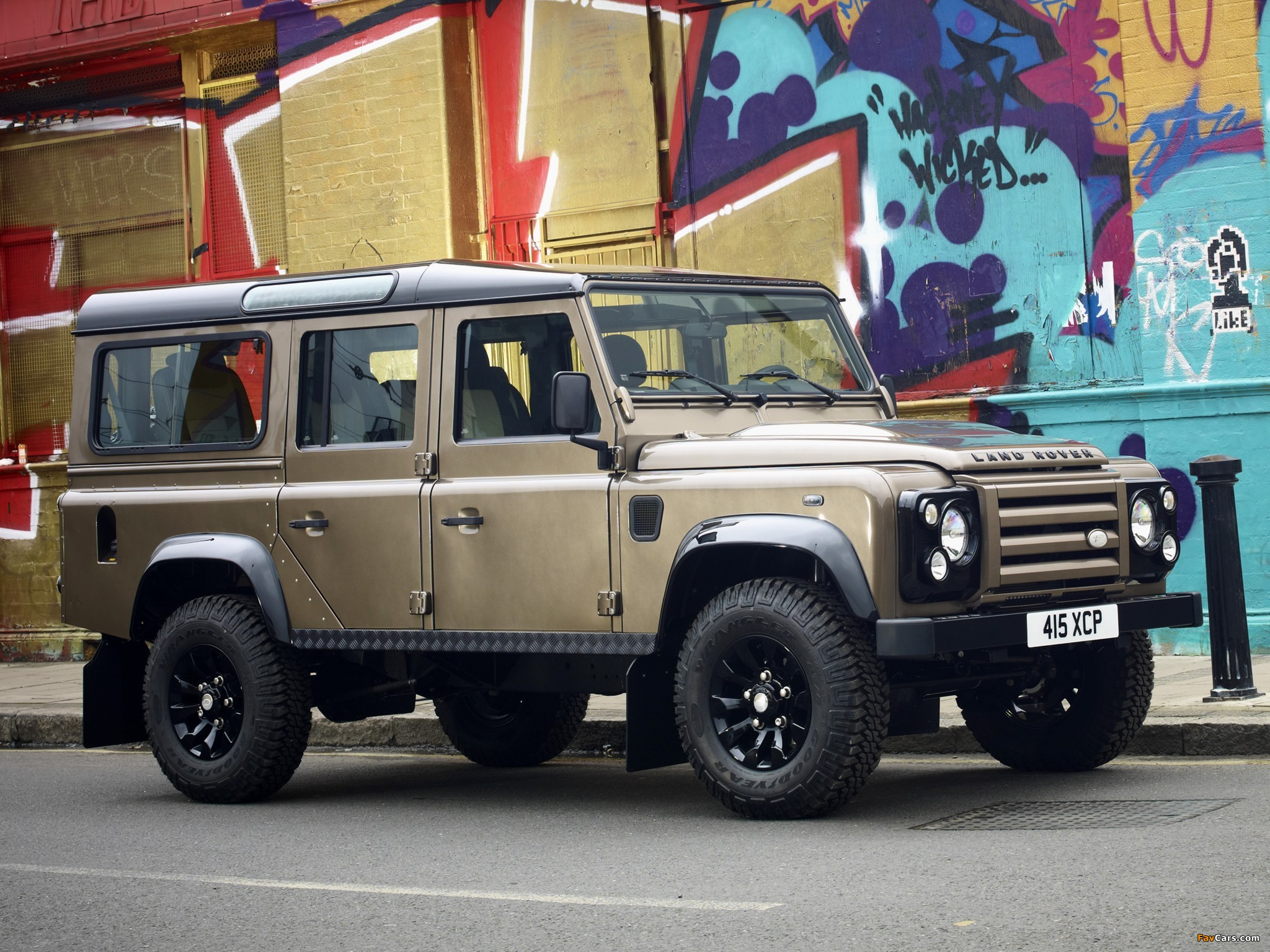 Land Rover Defender 110 Station Wagon Raw 2011 images (2048 x 1536)