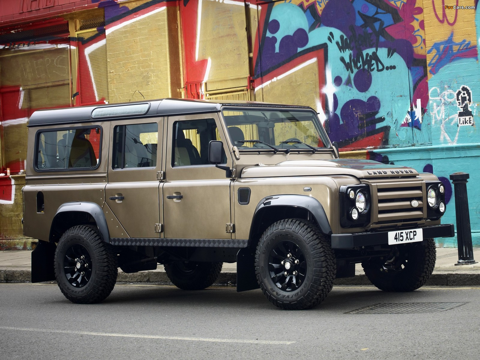 Land Rover Defender 110 Station Wagon Raw 2011 images (1600 x 1200)