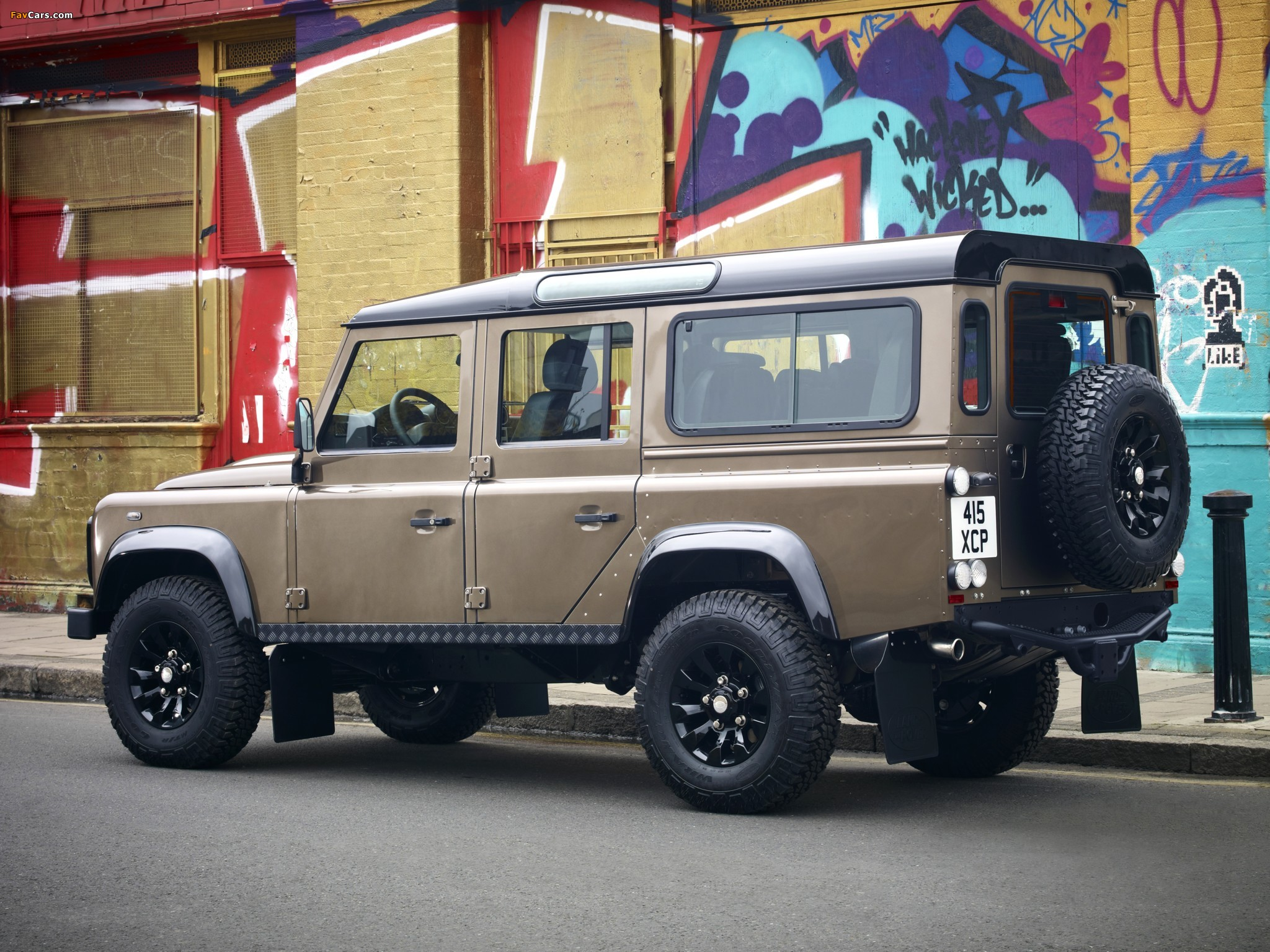 Land Rover Defender 110 Station Wagon Raw 2011 pictures (2048 x 1536)