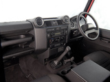 Photos of Land Rover Defender 90 Station Wagon ZA-spec 2007