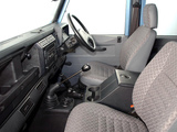Pictures of Land Rover Defender 110 Double Cab Pickup ZA-spec 1990–2007